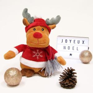 Notre joli renne de Noël enchanté et toute l'équipe de Gipsy Toys vous souhaitent un merveilleux, un fabuleux, un très heureux Noël ! ❤️🎄❤️ . Nous espérons que cette journée sera pleine de magie, de bonheur et d'amour ❤️ . Nous vous envoyons tout plein de bisous 😘 . . . . #gipsytoys #peluche #peluchedouce #cadeauxnoel #peluchefrance #peluchenoel #pelucherenne #noelenchante #peluchesonore #rennesonore